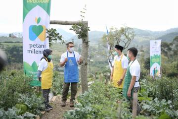 Gubernur Ridwan Kamil Resmikan Kick-Off Petani Milenial