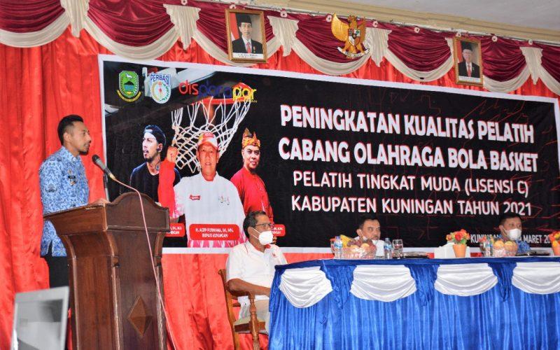 Wabup Ridho Buka Kegiatan Peningkatan Kualitas Pelatih Bola Basket