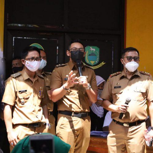 Lakukan Monitoring, Wabup Ridho Himbau Warga Ikut Program Vaksinasi