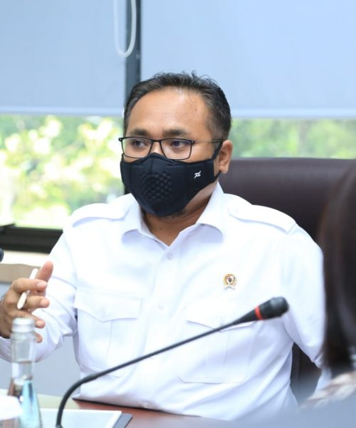 Insentif 300 Ribu Guru Madrasah Bukan PNS Cair September 2021
